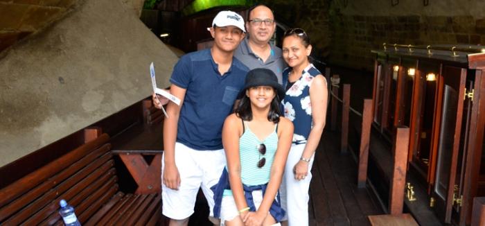 Sonali Family-CB5